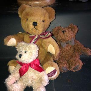 Boyd's bears lot of 3